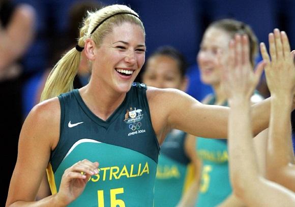 Lauren Jackson high five - Image via Basketball Australia